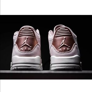 best website be4ef 6001e Women's Air Jordan 3 Retro SE NWT